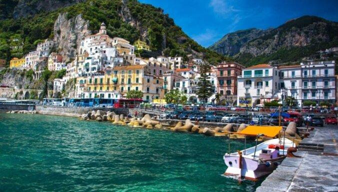 Iemesli, lai dotos neaizmirstamā ceļojumā pa krāšņo Amalfi piekrasti