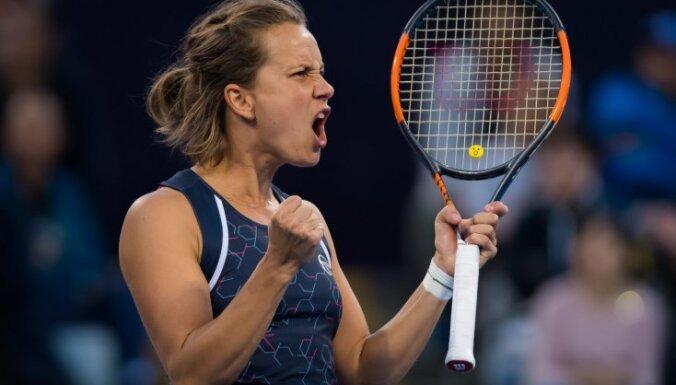 Serēnas Viljamsas fani čehu tenisistei Stricovai izteikuši nāves draudus