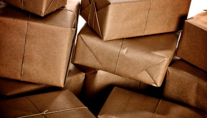 VID skubina izmantot jaunu e-pakalpojumu ar kurjerpastu saņemto preču deklarēšanai