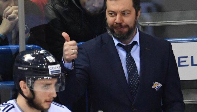 Metallurg s head coach Ilya Vorobyov