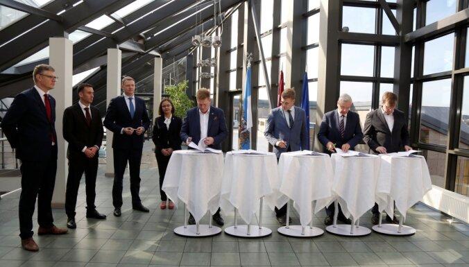 Četri politiskie spēki paraksta sadarbības līgumu par koalīciju Rīgas domē