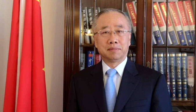 Latvijā epidēmija tiek novērsta labāk nekā citur Eiropā, vērtē Ķīnas vēstnieks