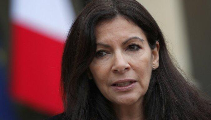 Мэр Парижа выступила против фестиваля для чернокожих феминисток