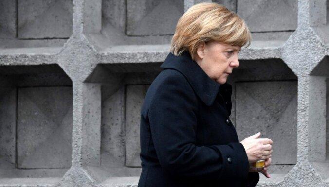Merkeles ziedu laiki vāciešu acīs ir beigušies, liecina aptauja