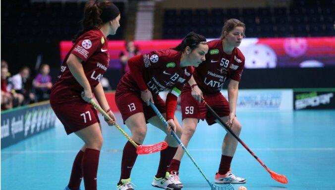 Латвийские девушки вылетели из элиты на чемпионате мира по флорболу