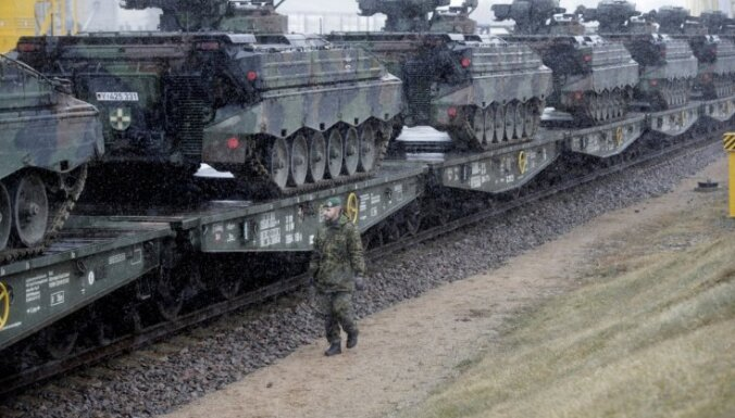 Trešdaļa Lietuvas aizsardzības līdzekļu nonāk ārvalstīs, norāda ministrs