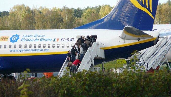 'Ryanair' peļņa ceturksnī nokritusies par 29%