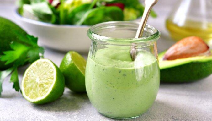 Kā zaudēt svaru bez badošanās? Labākie vasaras produkti ar zemu ogļhidrātu saturu