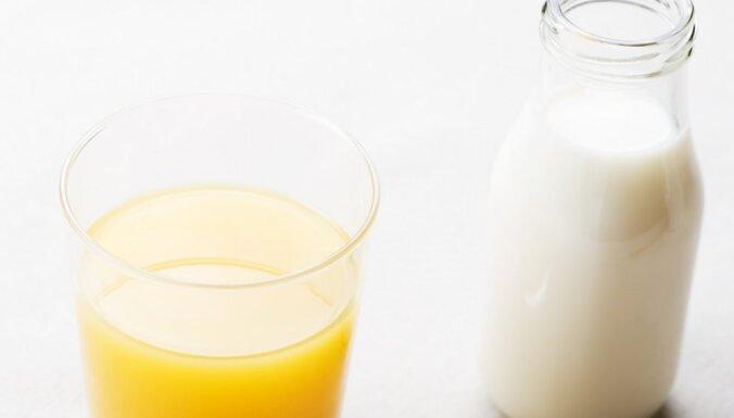 Pieaugušas cenas piena produktiem un apelsīniem