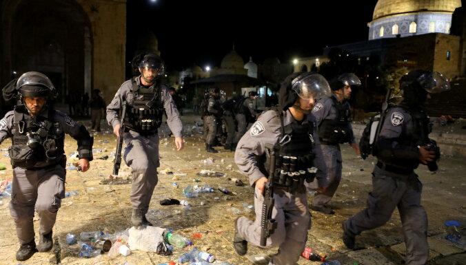 Sadursmēs Jeruzalemē ievainoti 163 palestīnieši un seši Izraēlas policisti