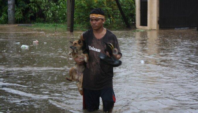 Taifūna 'Bopha' upuru skaits Filipīnās pārsniedz 300