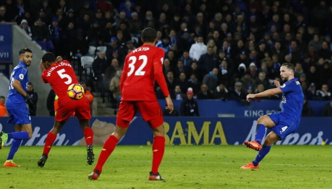 Leicester Danny Drinkwater shoots Liverpool