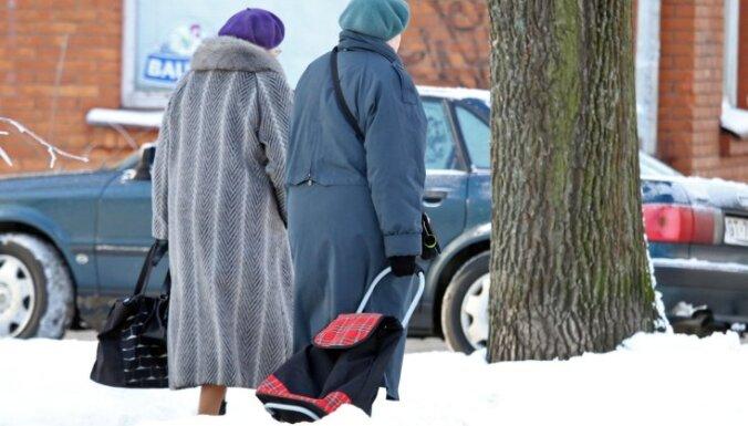 Iedzīvotāji aktīvi izsakās par pensiju likuma grozījumiem