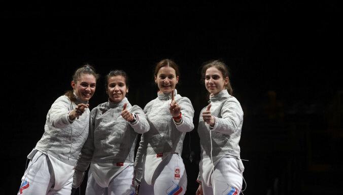 Россияне выиграли медальный зачет в фехтовании: у саблисток — золото, у рапиристов — серебро