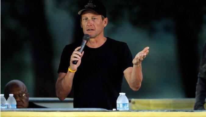 Свой допинговый скандал Армстронг сравнил с адюльтером Клинтона
