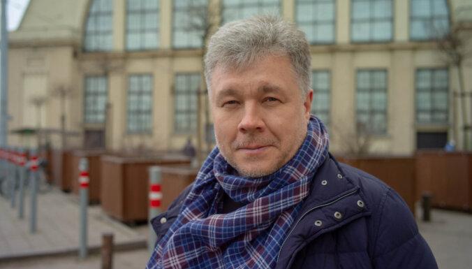 Из Сибири в Вентспилс. Как писатель Сероклинов ударил бездорожьем по безграмотности, назло коронавирусу