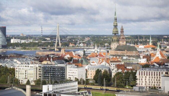 Эксперты Swedbank о факторах, тормозящих развитие экономики Латвии