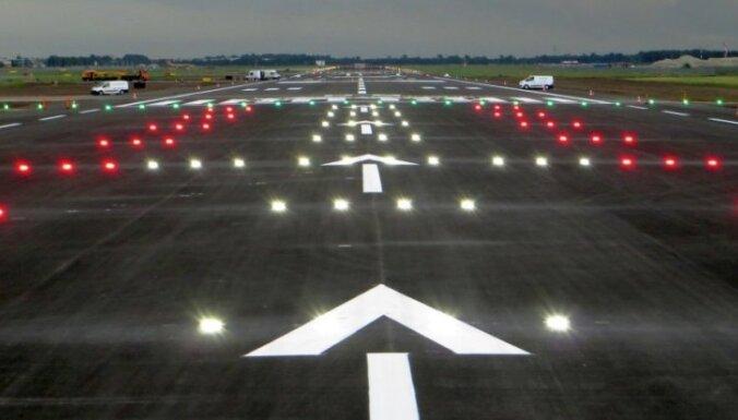 airBaltic назвал даты возобновления рейсов из Таллина и Вильнюса, Рига пока на паузе