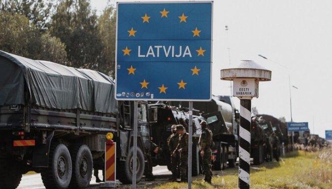 Foto: Uz militārajām mācībām 'Namejs 2018' ierodas Igaunijas Aizsardzības spēki