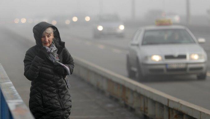 Piesārņojums un smogs izraisījis protestus Balkānu lielpilsētās