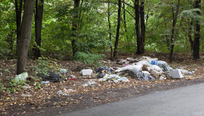 Nelegālās izgāztuves Rīgā uzraudzīs ar mobilo videonovērošanas kameru palīdzību