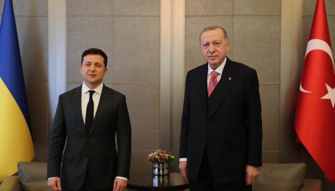 Erdogans pauž atbalstu Ukrainas teritoriālajai nedalāmībai