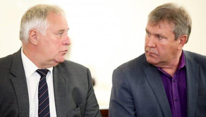 Суд признал экс-главу Рижского порта виновным в злоупотреблении служебным положением