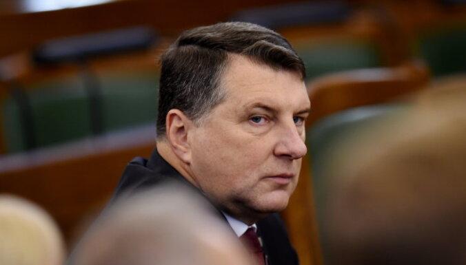 Вейонис ещё не решил, будет ли повторно претендовать на пост президента