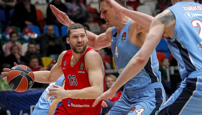 Strēlniekam divi punkti CSKA uzvarā Eirolīgas spēlē