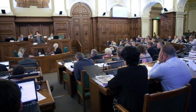 Saeimā pārstāvētās partijas paredz sarakstu līderu izmaiņas