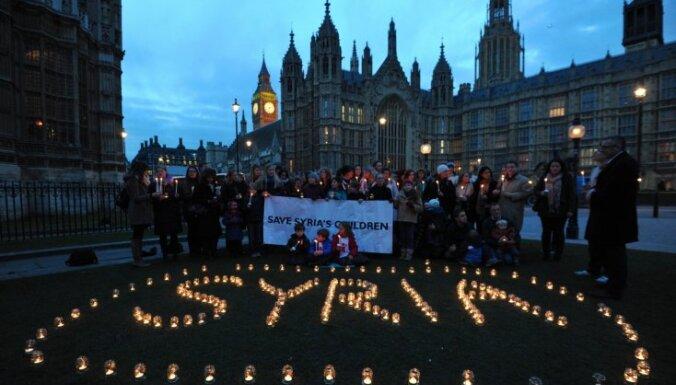 ES noraida priekšlikumu atcelt Sīrijas ieroču embargo