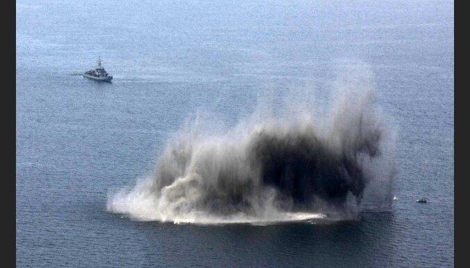 Baltijas valstu un NATO vienību kuģi mācībās Irbes jūras šaurumā iznīcinās jūras mīnas