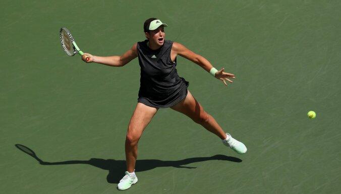 Ostapenko iekļūst 'US Open' dubultspēļu ceturtdaļfinālā; Sevastovai turnīrs beidzies