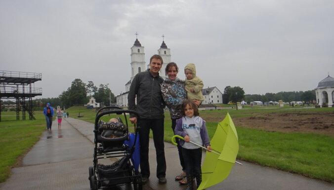 Četru bērnu mamma un ministre, izcila šahiste un kosmosa pētniece. Saruna ar Danu Reiznieci - Ozolu