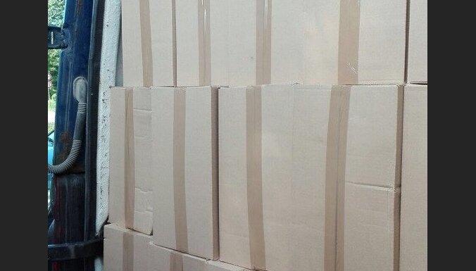 В Риге обнаружили рекордный груз контрабанды: изъято более 2 млн. сигарет