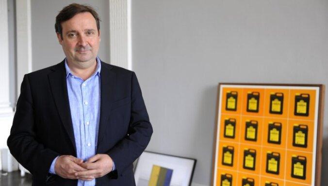 'Tate' Starptautiskās mākslas kolekcijas direktors Gregors Mjūrs: Māksla nav tikai viena vēsture