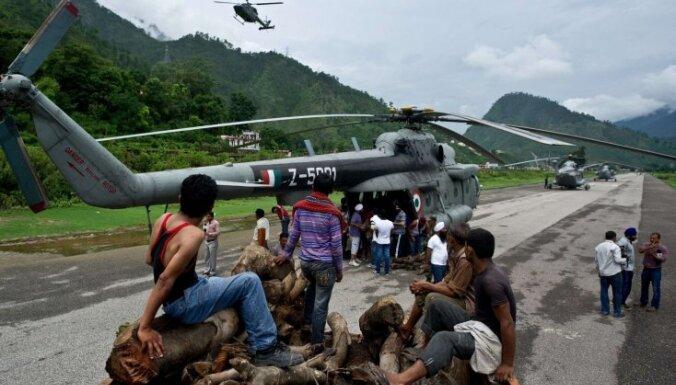 Indija gatavojas plūdu upuru masu kremācijai