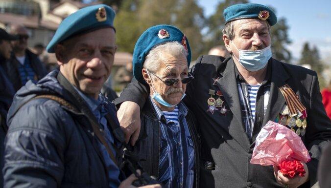 Covid-19: Lietuvā inficējušies vēl 1226 cilvēki, Igaunijā – 359
