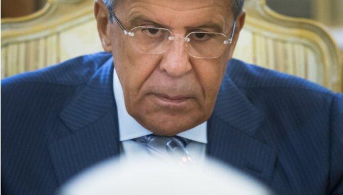 Lavrovs rupji nolamājas preses konferencē ar Saūda Arābijas ministru