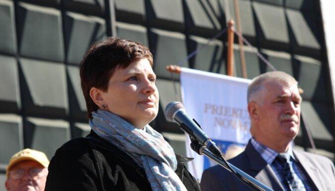 Винькеле — о митинге пенсионеров: мы все в одной лодке