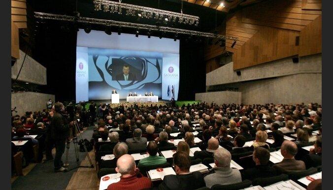'Saskaņa' atklāj dažus 'ēnu ministrus' un runā par 'sponsoru klubu'