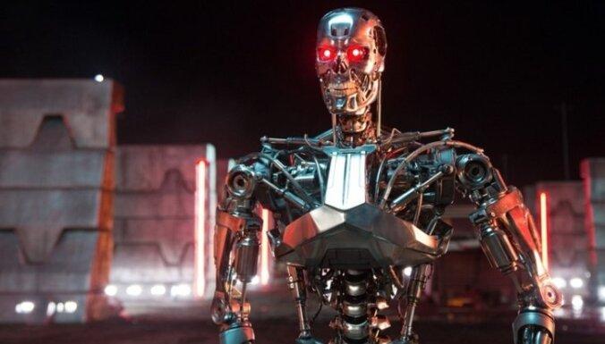 Latvijas kino sāk rādīt fantastikas filmu 'Terminators: Genisys'