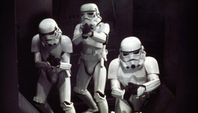 """Британец потратил 228 тысяч долларов на сувениры от """"Звездных войн"""""""