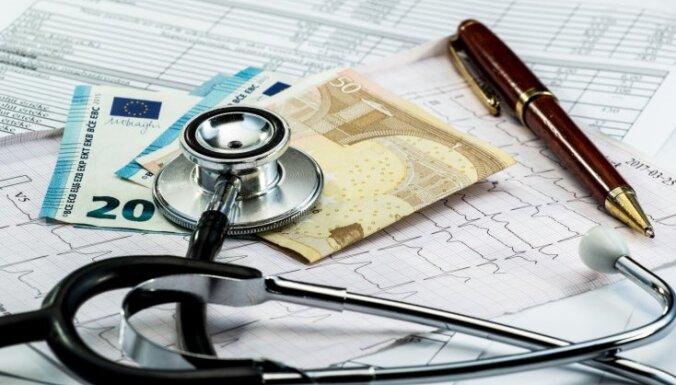 Сейм окончательно одобрил переход Латвии на обязательное страхование здоровья