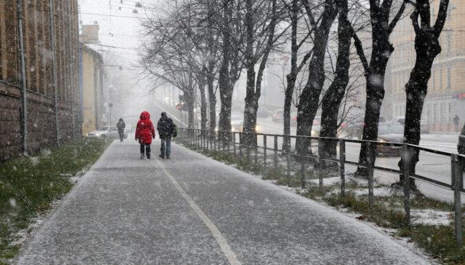 Синоптики: Рождество вряд ли будет морозным, ожидаются снег и дождь