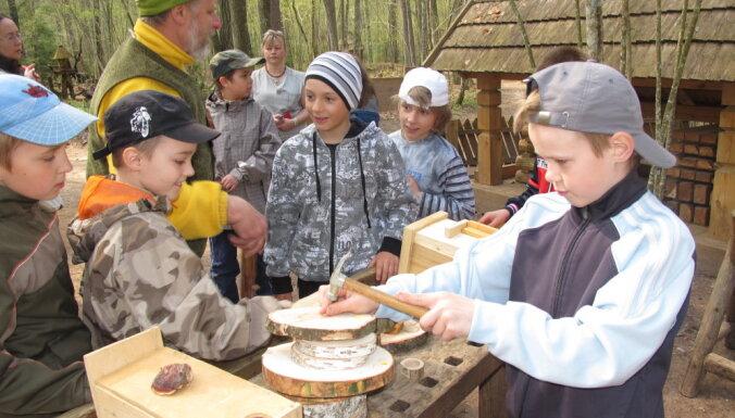Martā Tērvetes dabas parkā aicina izgatavot putnu būrus un piedalīties Lieldienu darbnīcās