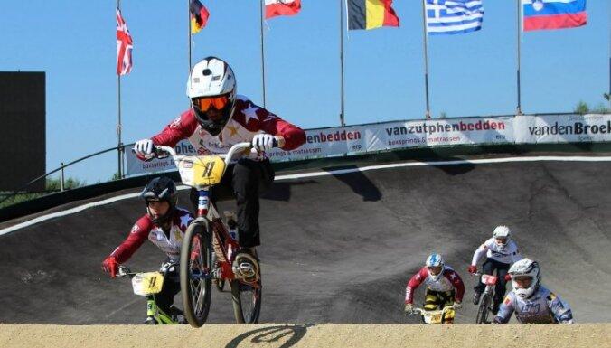 Latvijas BMX braucēji dominē Čehijas kausā