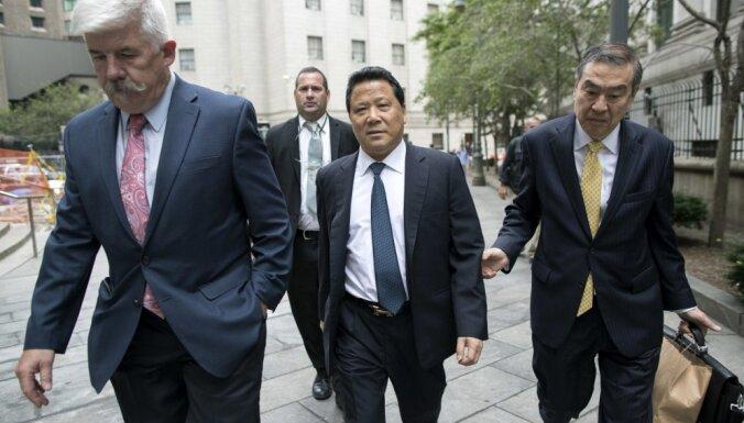 Ķīnas miljardieri Lapsenu atzīst par vainīgu ANO kukuļošanas lietā