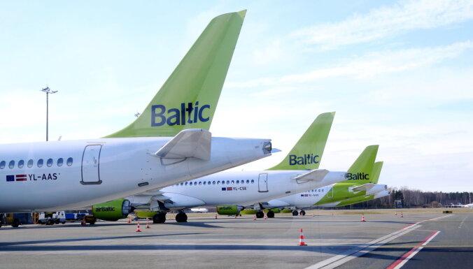 LTV: airBaltic планирует уволить 700 работников