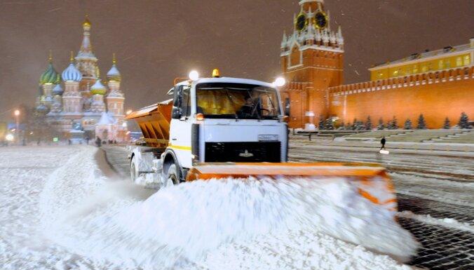 Vai tiesa, ka Rietumi 'sistemātiski strādā' pie attiecību saraušanas ar Krieviju?